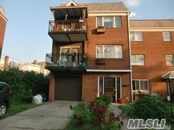 56-21 N College Point Blvd, Flushing, New York