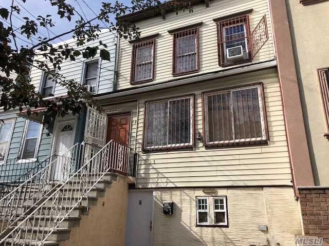 1331 Chisholm St, Bronx, New York