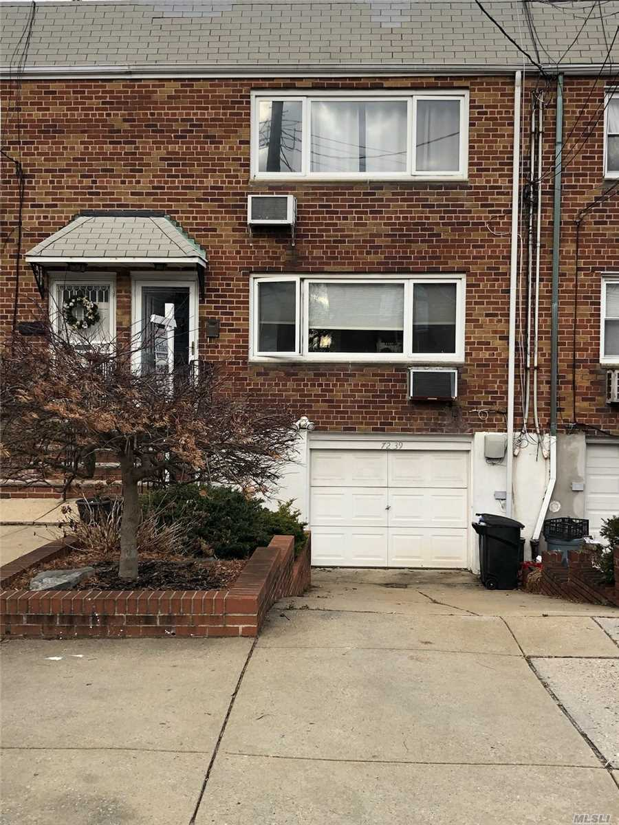 72-39 66th Dr Middle Village, NY 11379