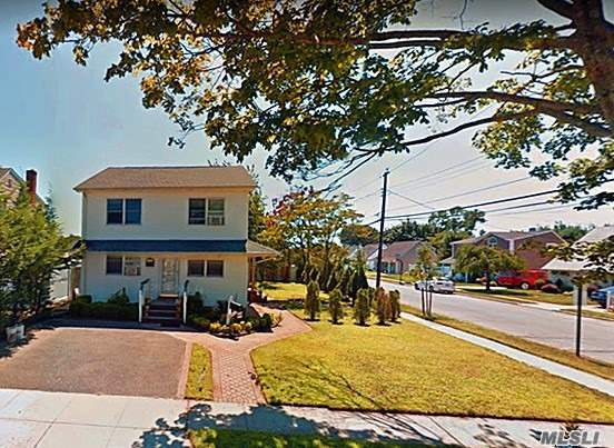 47 Lee Ave Bethpage, NY 11714