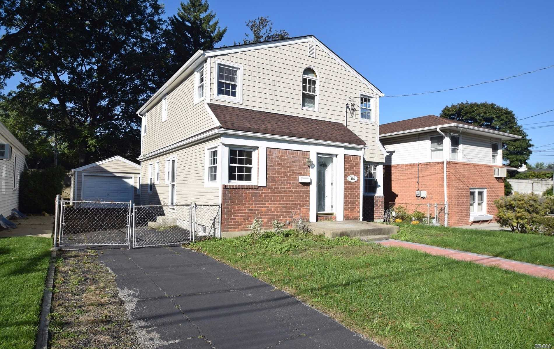 185 Celler Ave New Hyde Park, NY 11040