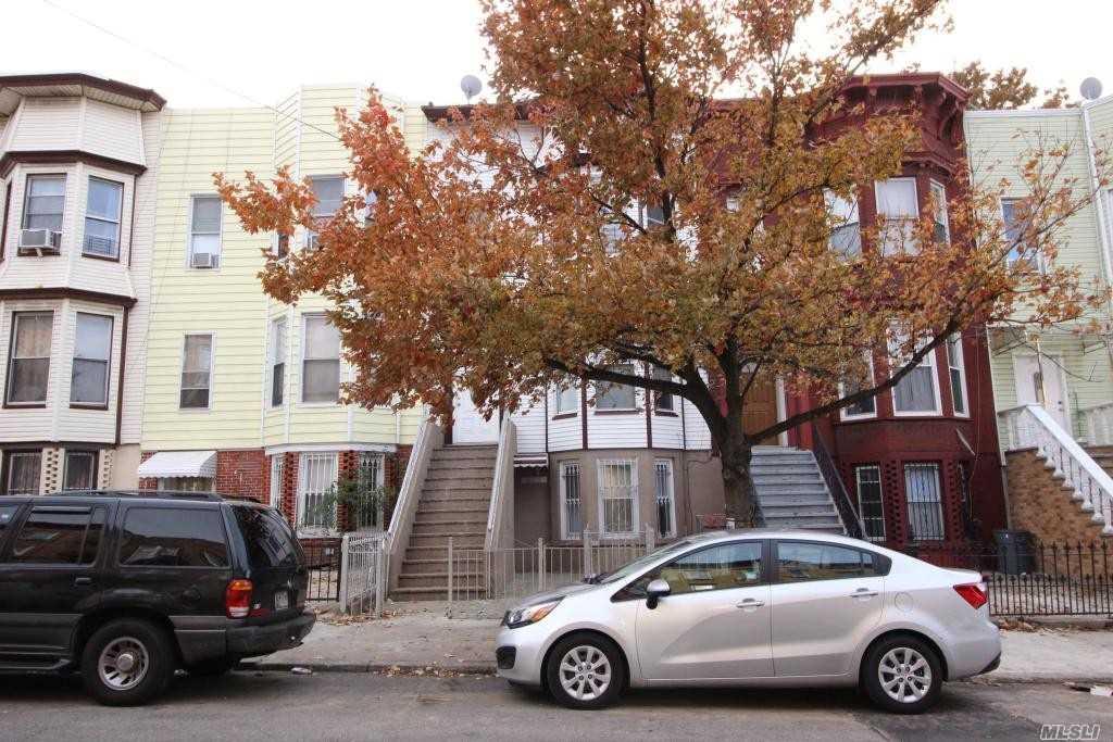 338 56th St Brooklyn, NY 11220