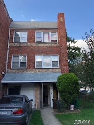 161-33 Normal Rd Jamaica Hills, NY 11432