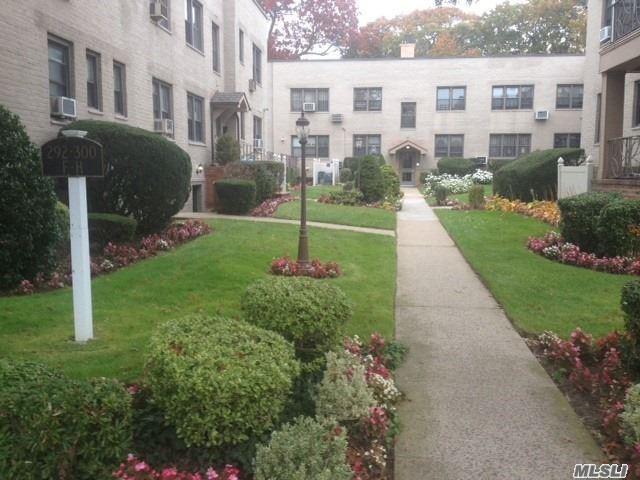 300 Cedarhurst Ave Cedarhurst, NY 11516