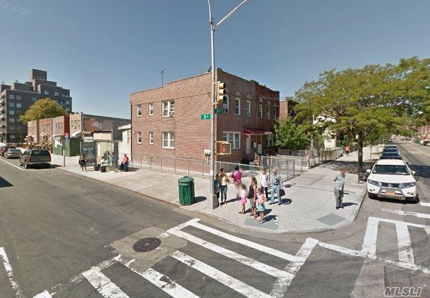14-56 30th Ave Astoria, NY 11102