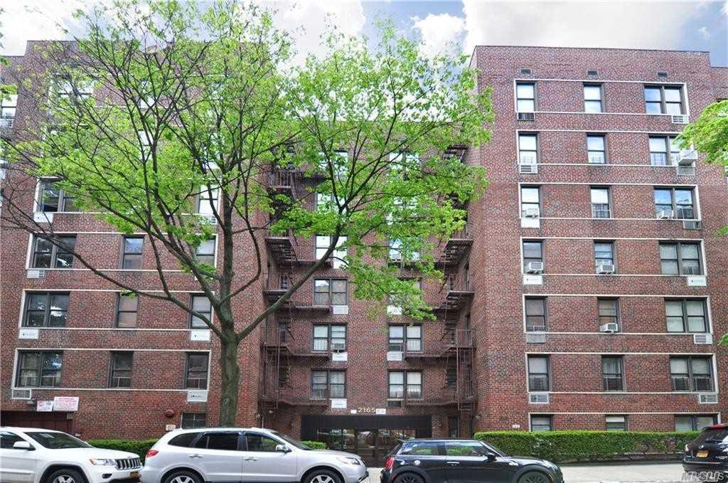 2165 Matthews Ave,Bronx  NY