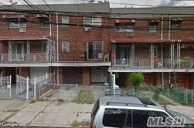 58-27 Van Cleef St,Flushing  NY