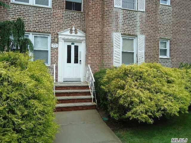 275 Cedarhurst Ave Cedarhurst, NY 11516