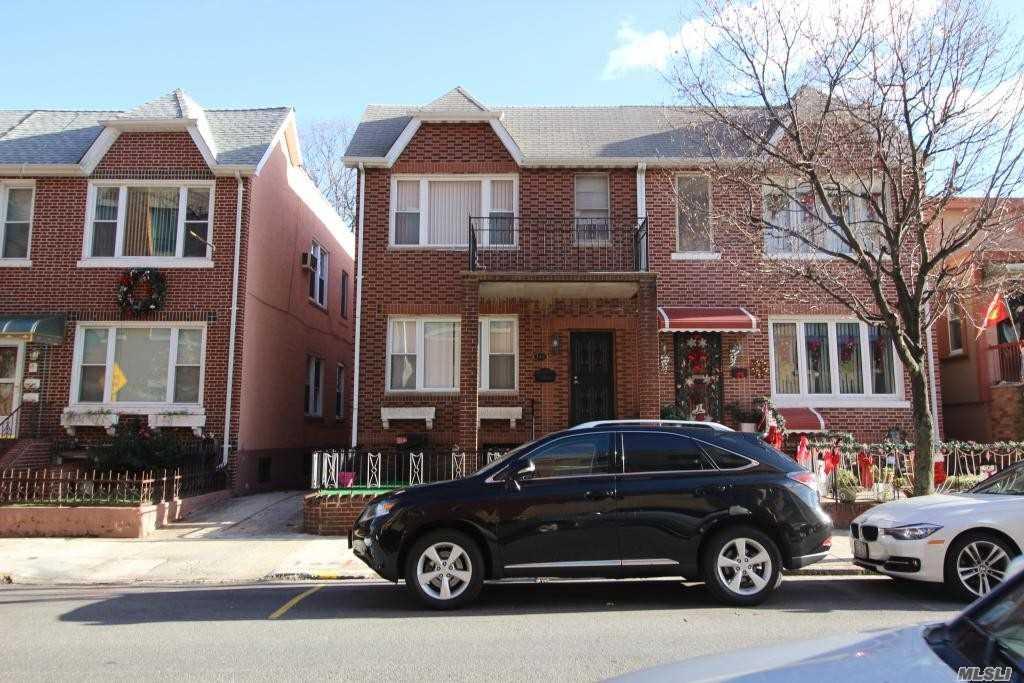 115 Bay 7th St Brooklyn, NY 11228