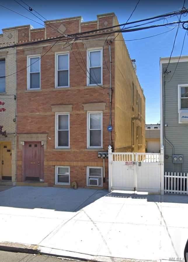 59-44 Palmetto St Ridgewood, NY 11385
