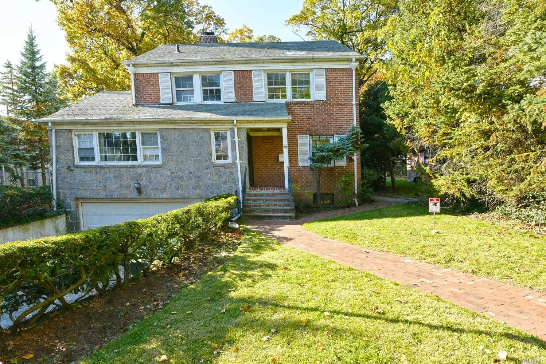 86-20 Avon St Jamaica Estates, NY 11432
