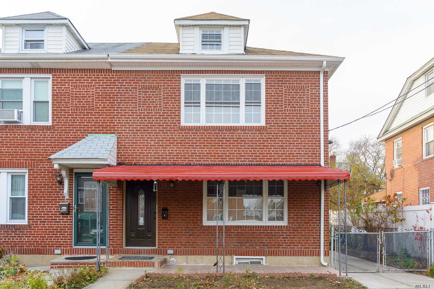116-12 223rd St Cambria Heights, NY 11411