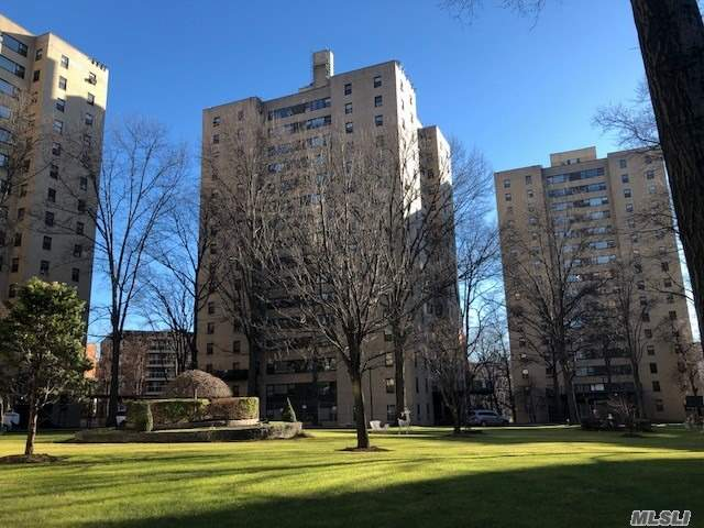 9 Fordham Hill Ova, Bronx, New York
