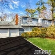 2 S Pine Dr Roslyn, NY 11576