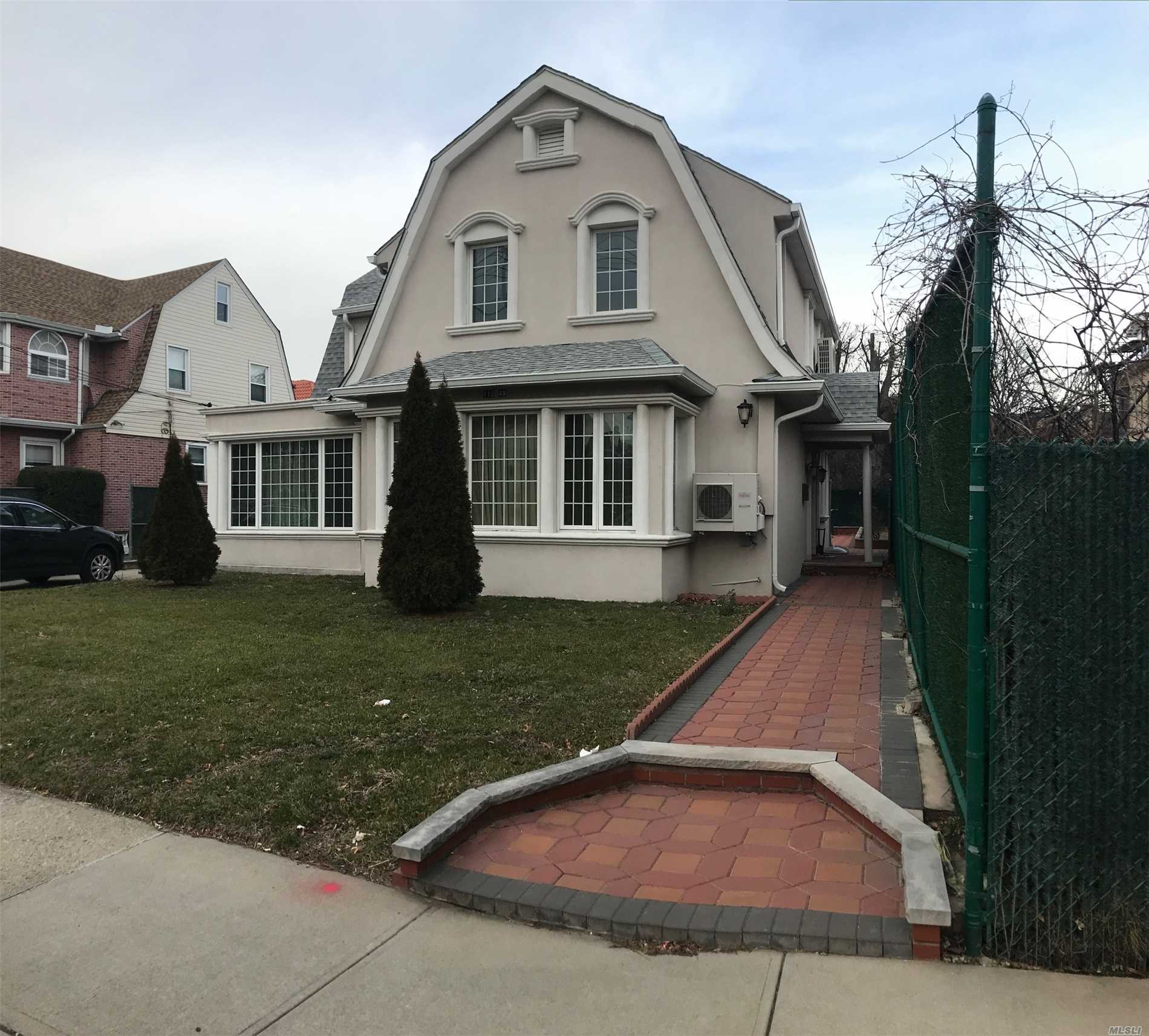 110-49 68th Dr Forest Hills, NY 11375