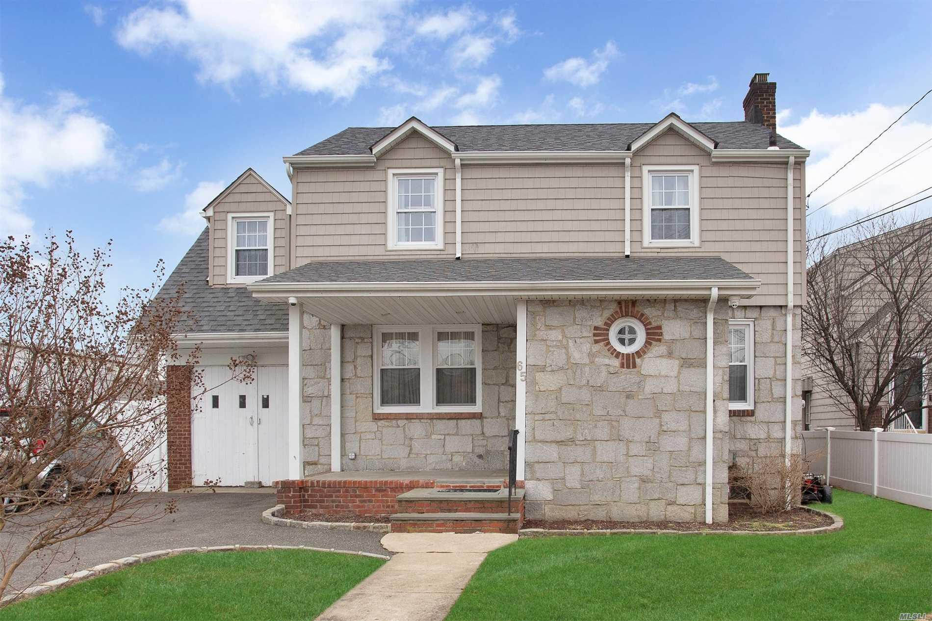 65 Phipps Ave E. Rockaway, NY 11518