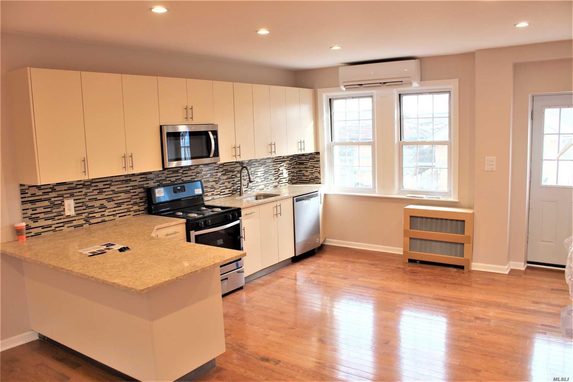 205-16 118th Ave Cambria Heights, NY 11411