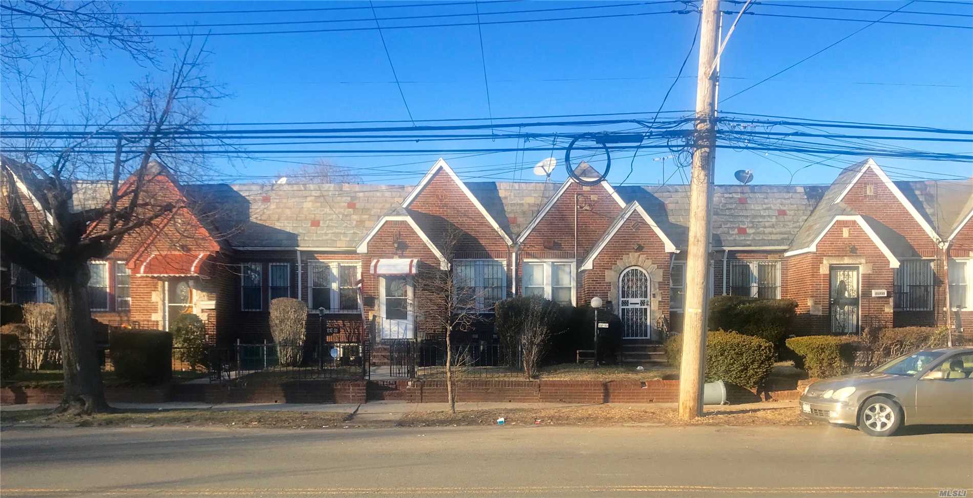 217-31 114th Rd Cambria Heights, NY 11411