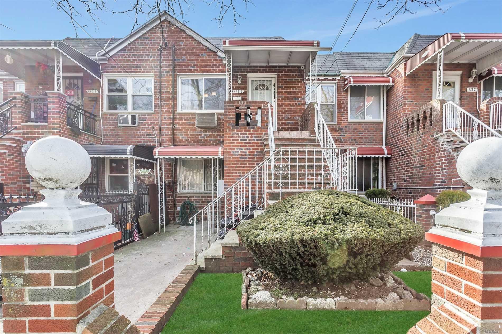 1126 E 85th St,Brooklyn-Canarsie  NY