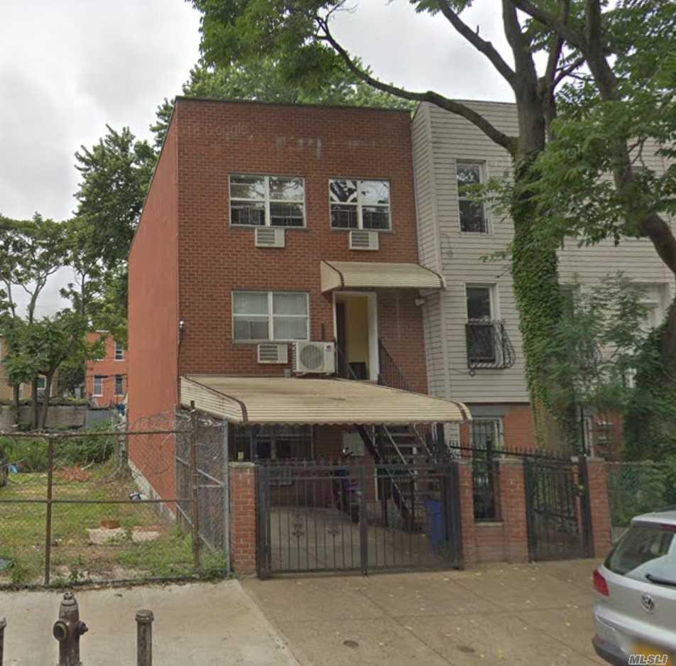 1117 Decatur St Brooklyn, NY 11207