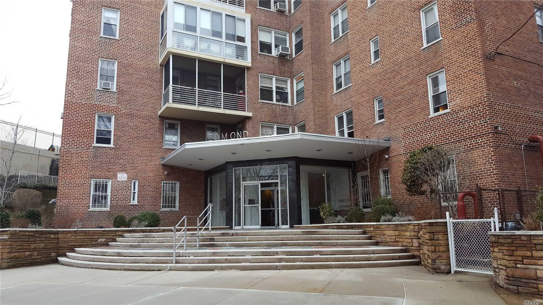 3135 Johnson Ave Bronx, NY 10463
