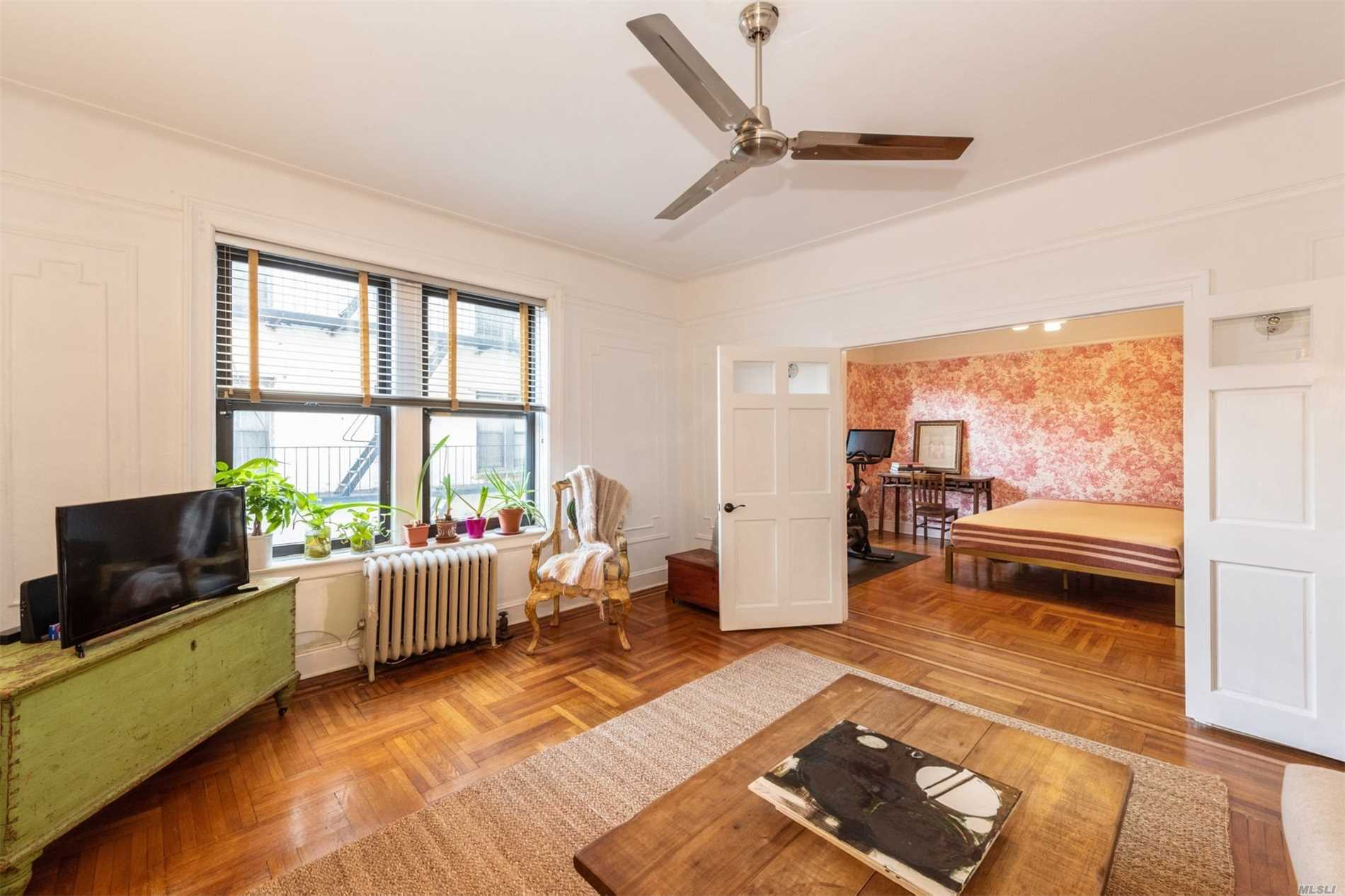 850 Saint Marks Ave Crown Heights, NY 11213