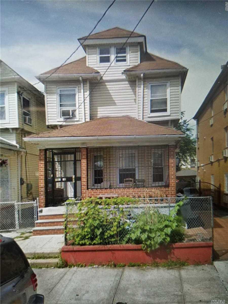 102-30 135th St Richmond Hill S., NY 11419