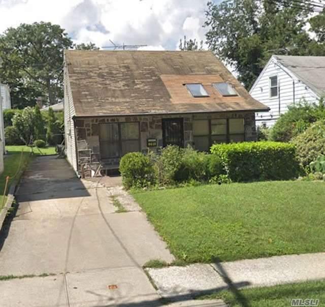 64-18 233rd St Bayside, NY 11364