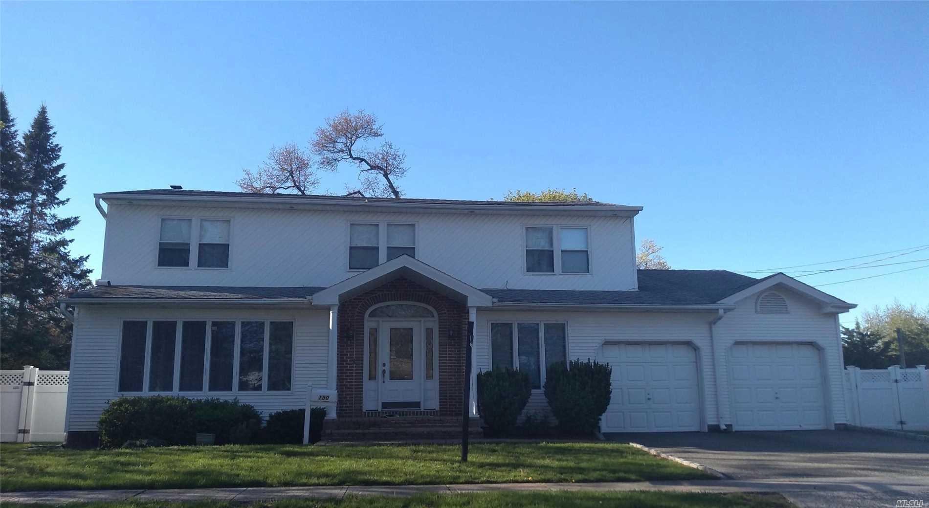150 W Main Pky Plainview, NY 11803