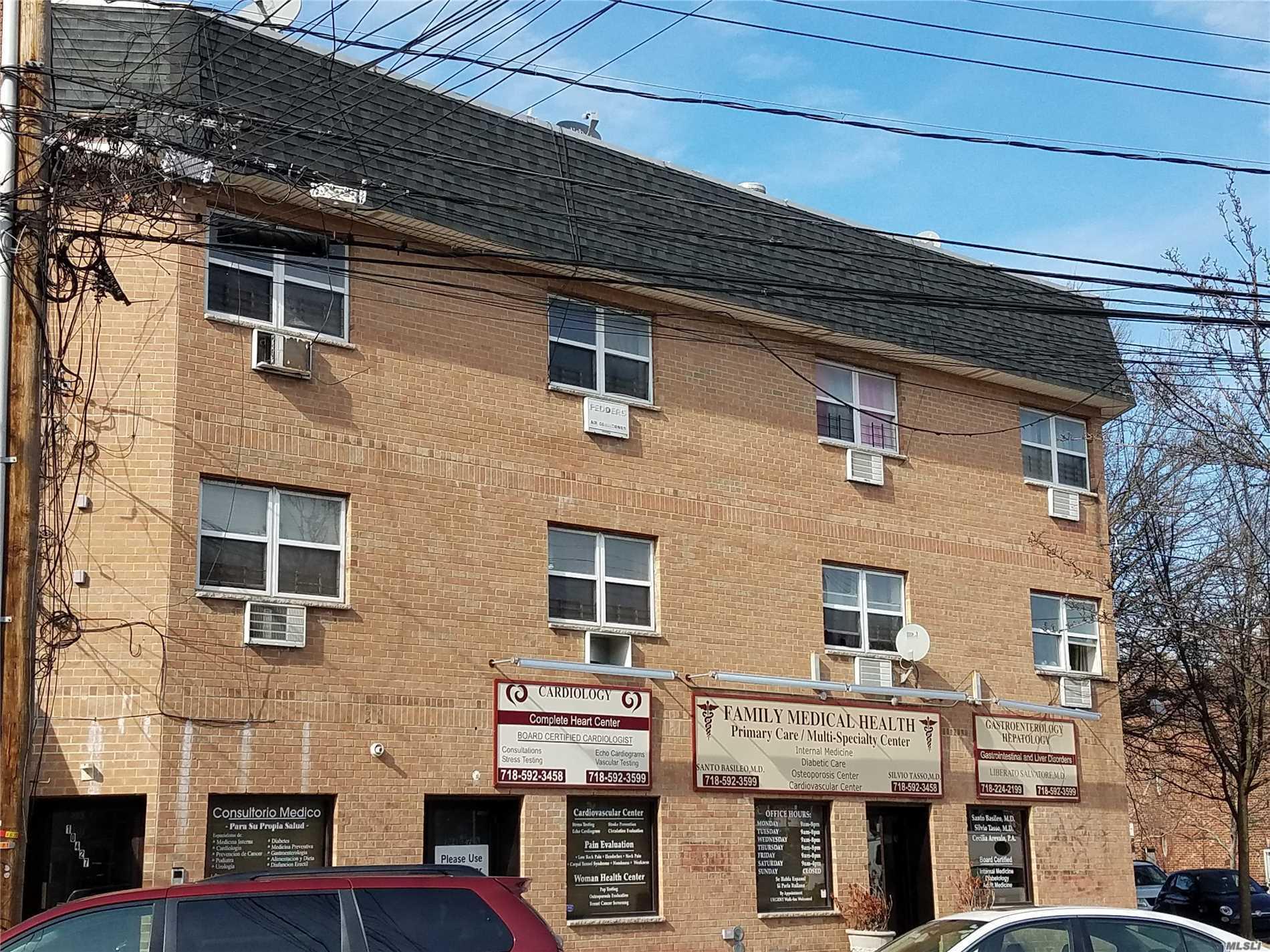49-28 106th St Corona, NY 11368