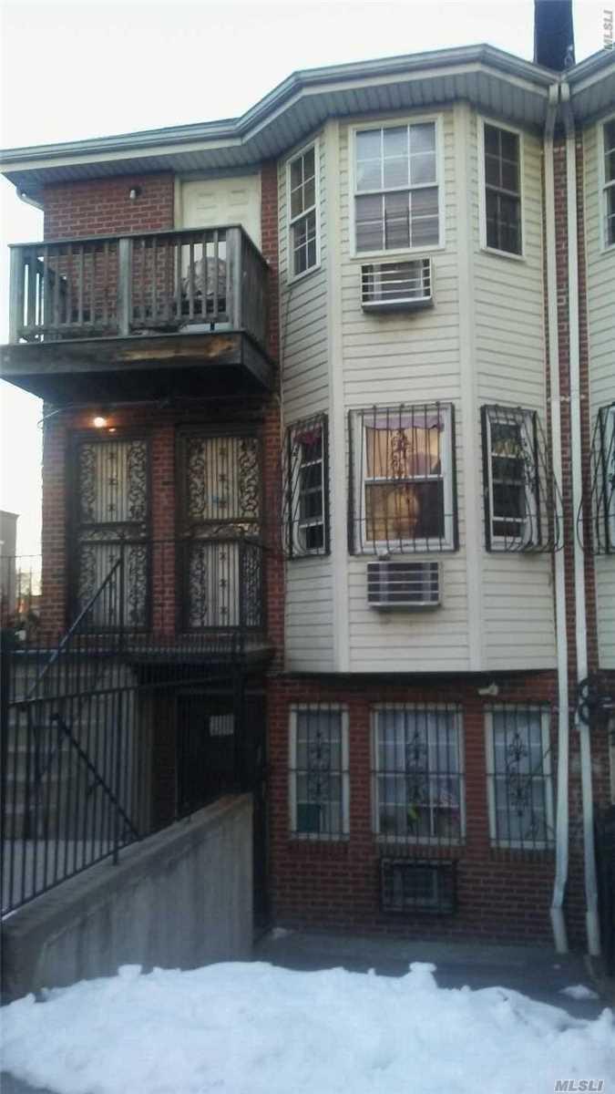 339 Elton St Brooklyn, NY 11208