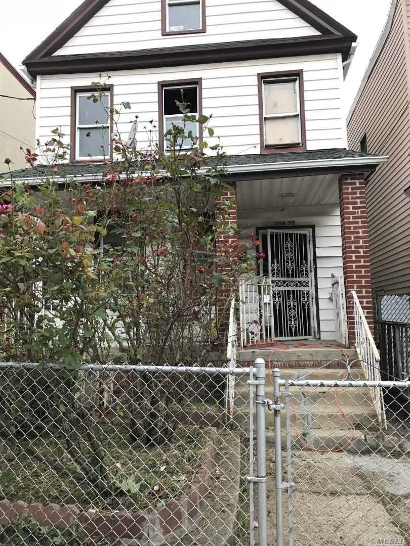 108-35 38th Ave, Flushing, New York