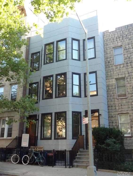 642 Leonard St Brooklyn, NY 11222