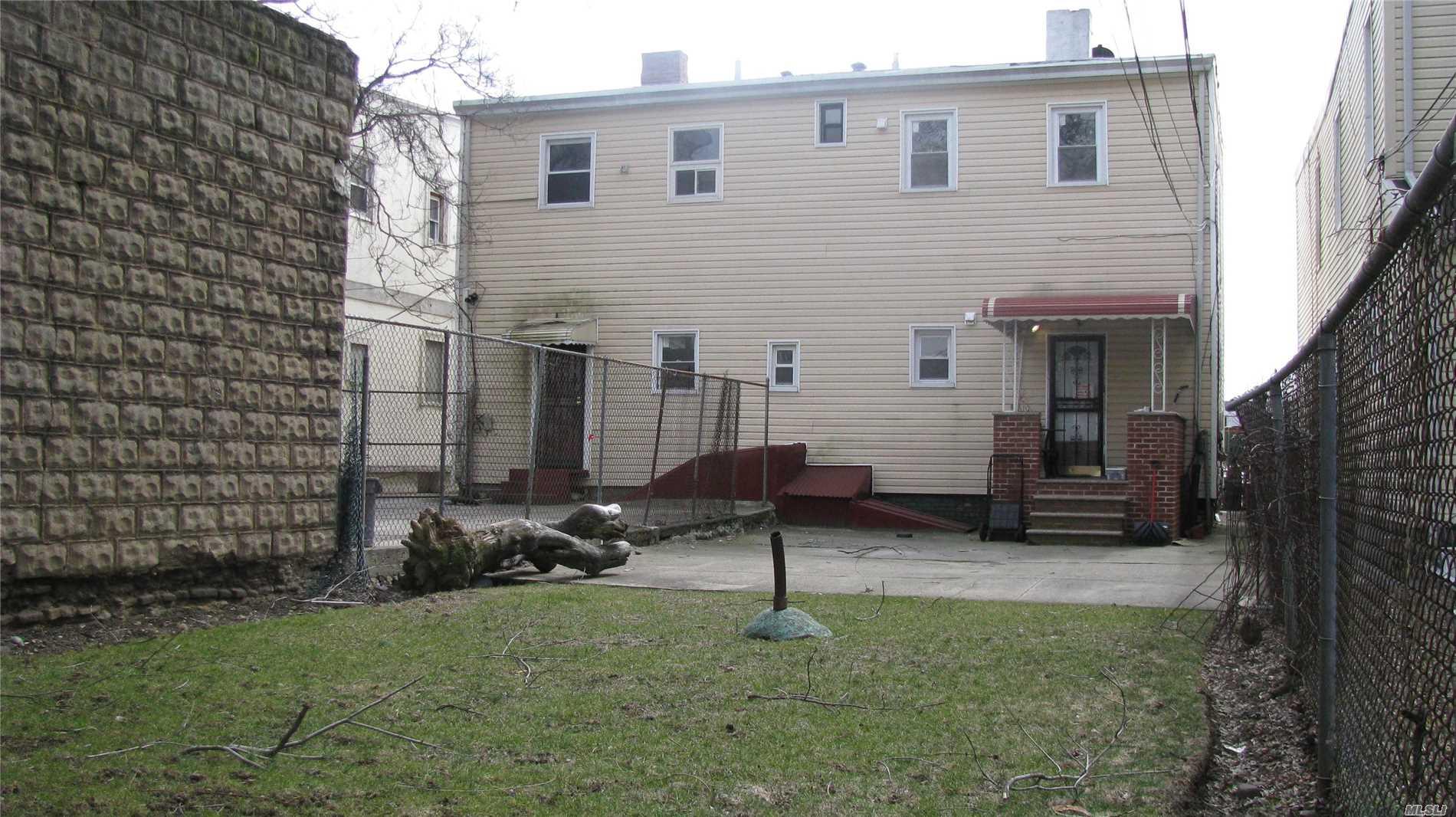 2725 Snyder Ave Brooklyn, NY 11226