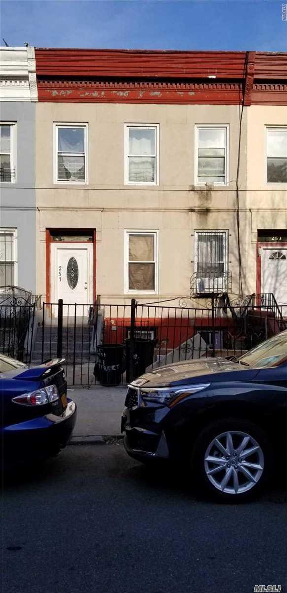 251 E 23rd St Brooklyn, NY 11226