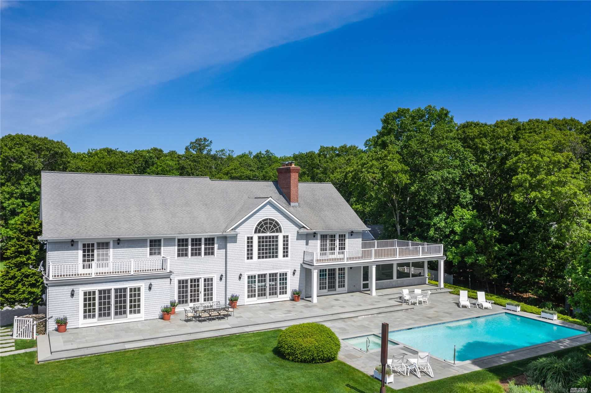 72 3 Mile Harbor Dr, East Hampton, New York
