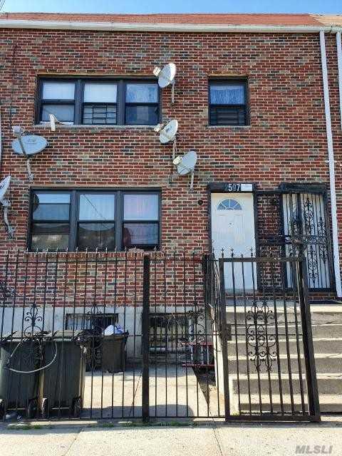 2597 Pitkin Ave Brooklyn, NY 11208
