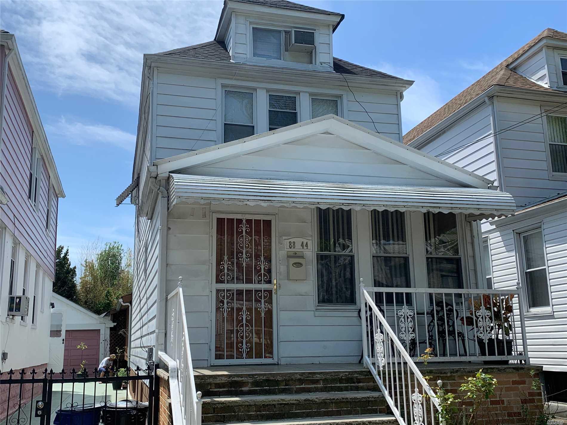 88-44 199 St Hollis, NY 11423