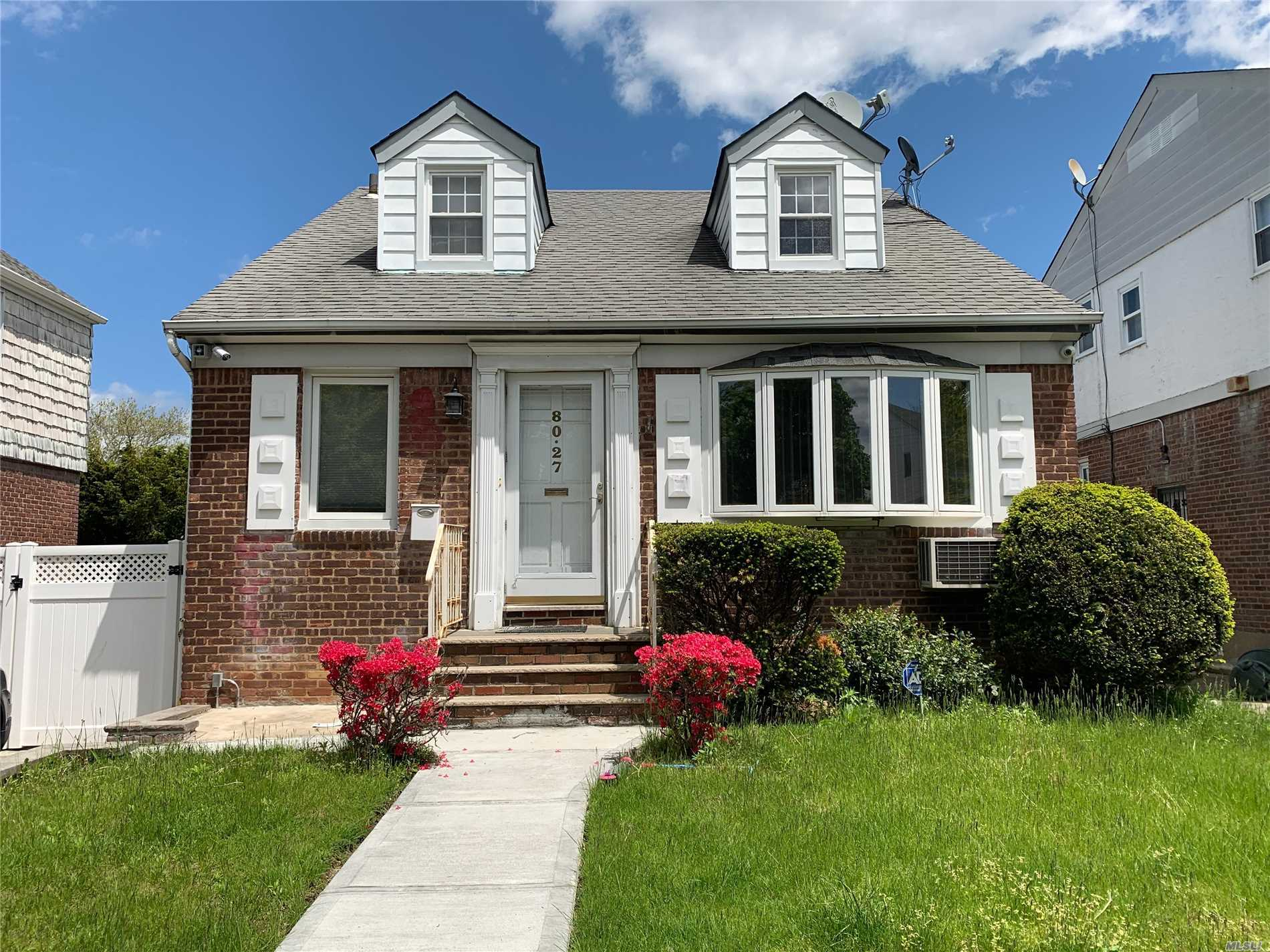 80-27 213 St Hollis Hills, NY 11427