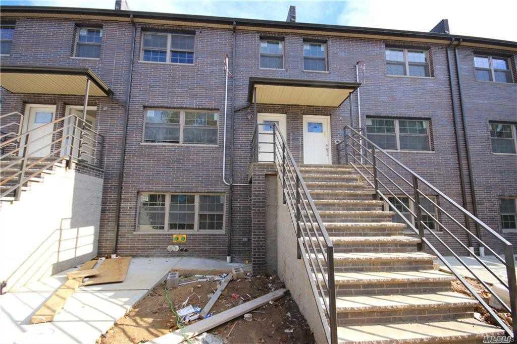 4826 Barnes Ave Bronx, NY 10470
