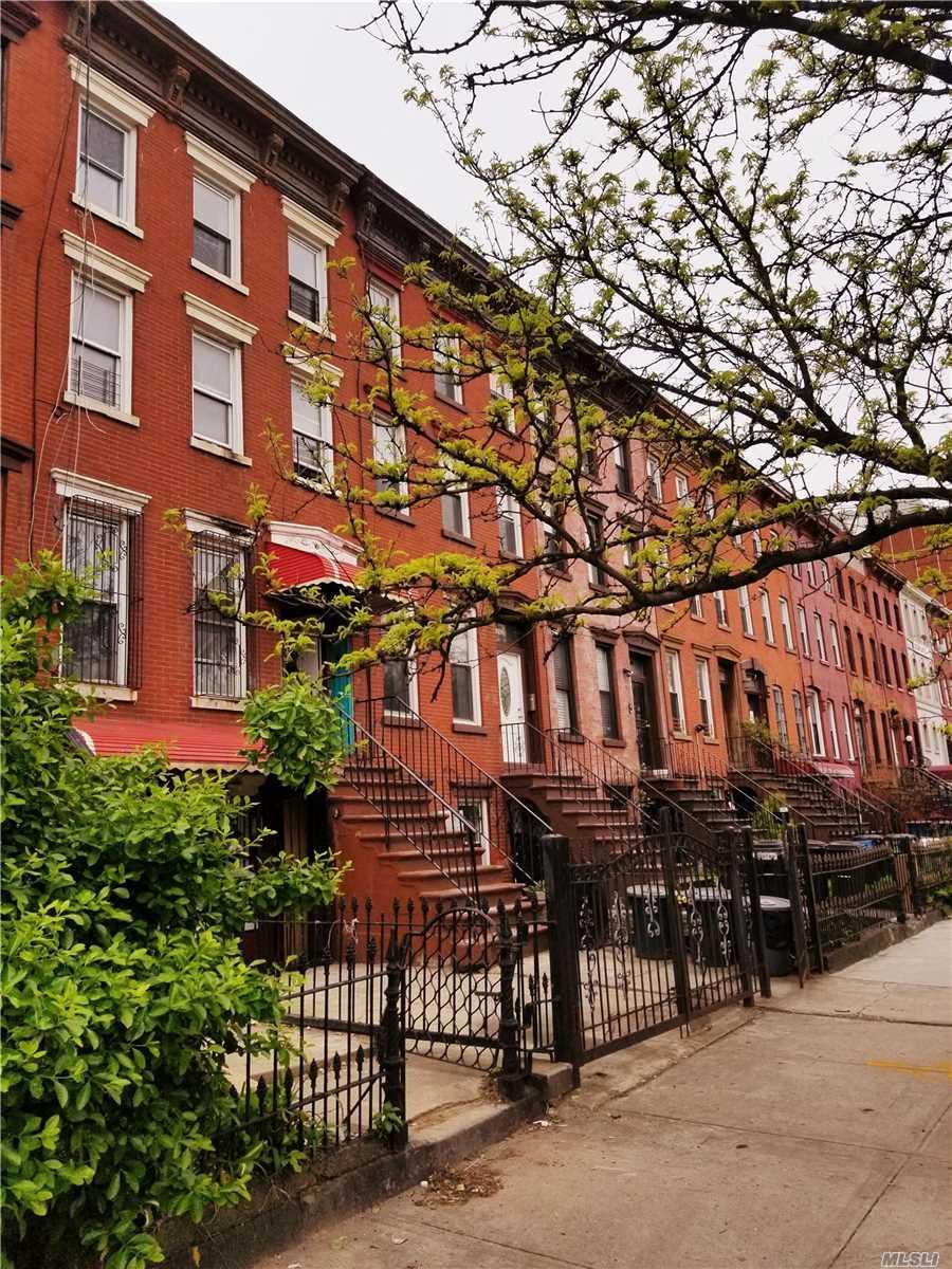 1094 Bushwick Ave Bushwick, NY 11221
