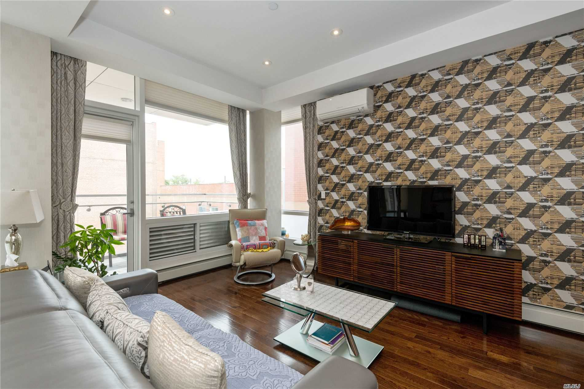 One of Flushing 2 Bedroom Homes for Sale at 42-05 Parsons Blvd