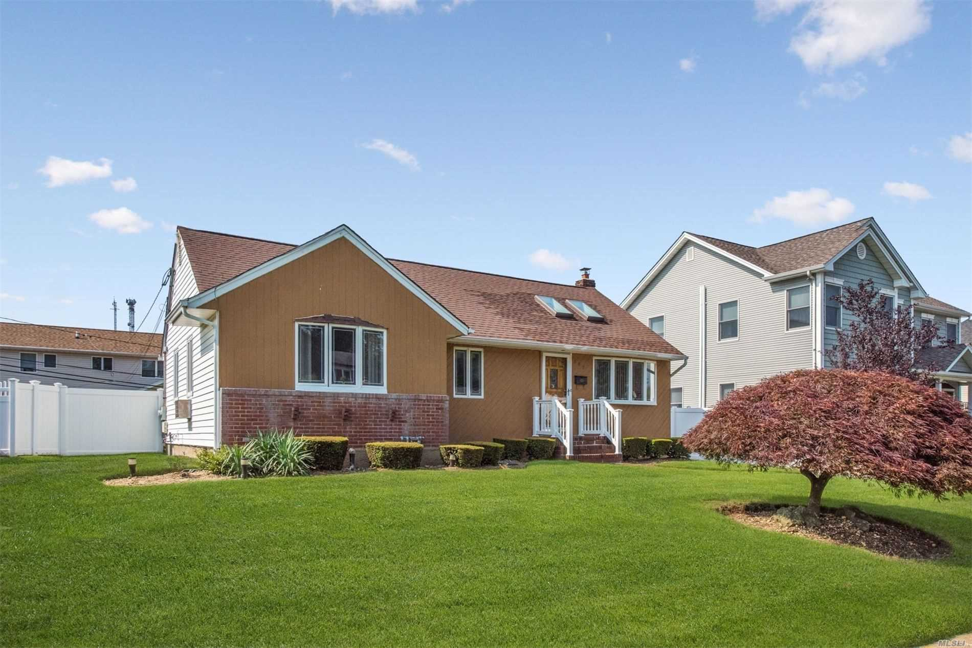 947 Brent Dr 11793 - One of Wantagh Homes for Sale