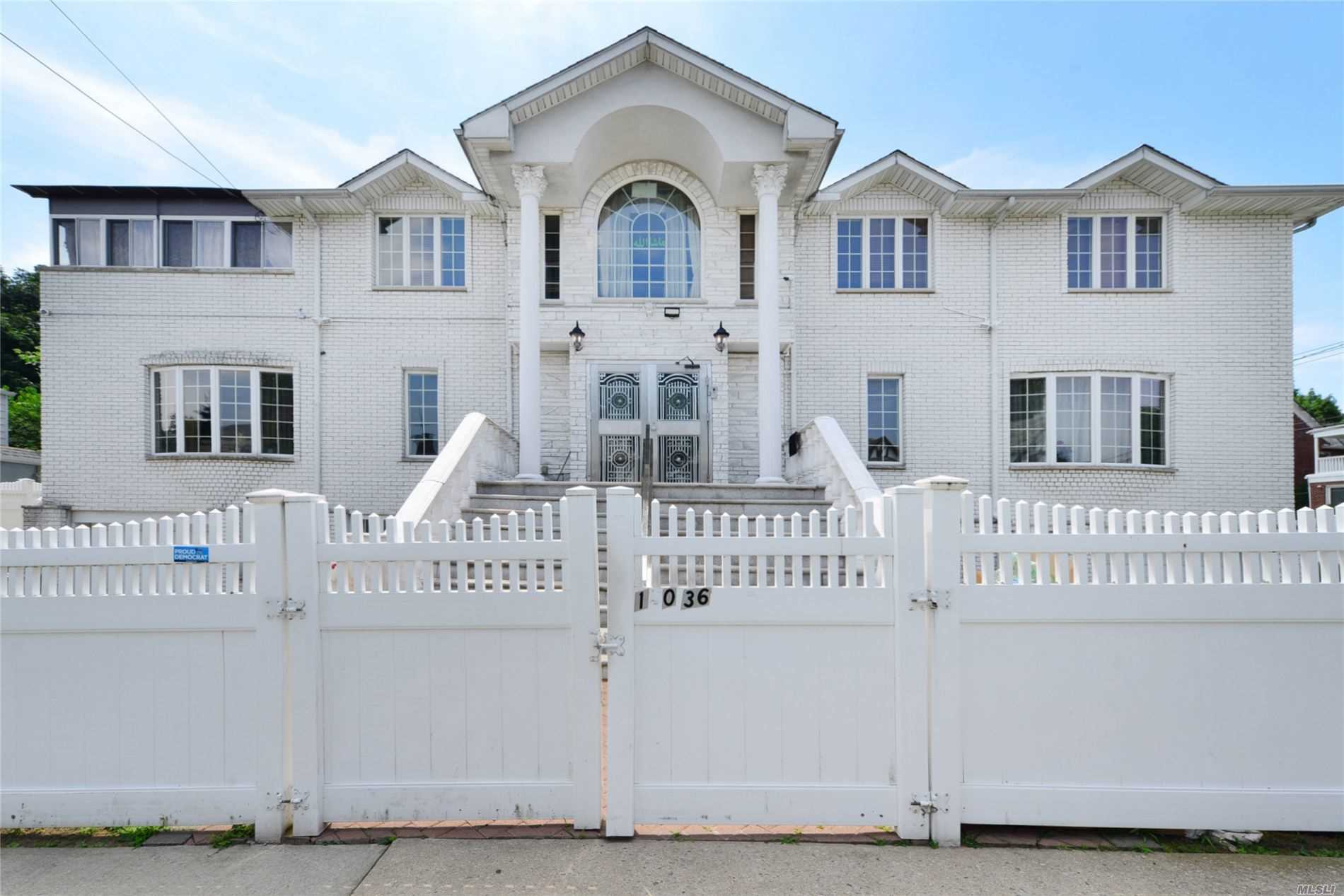 34-01 150 Pl, Flushing, New York 7 Bedroom as one of Homes & Land Real Estate