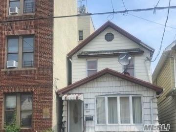 959 E 94th St, Brooklyn-Canarsie, New York
