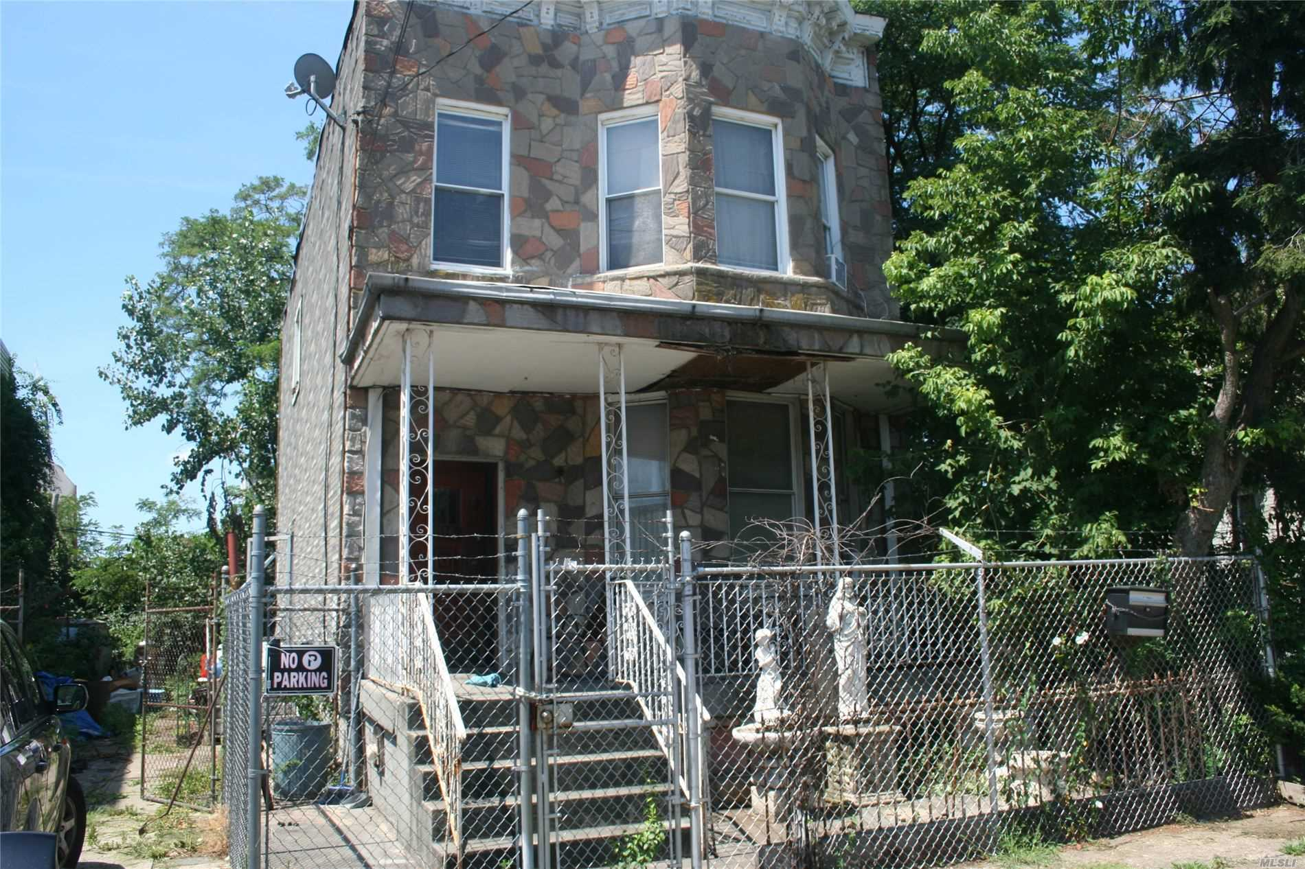 816 Barbey St, Bushwick in Brooklyn County, NY 11207 Home for Sale