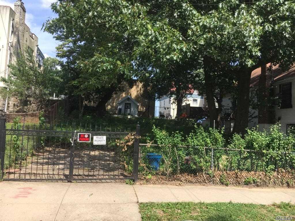 3340 Palmer Ave, Bronx, New York
