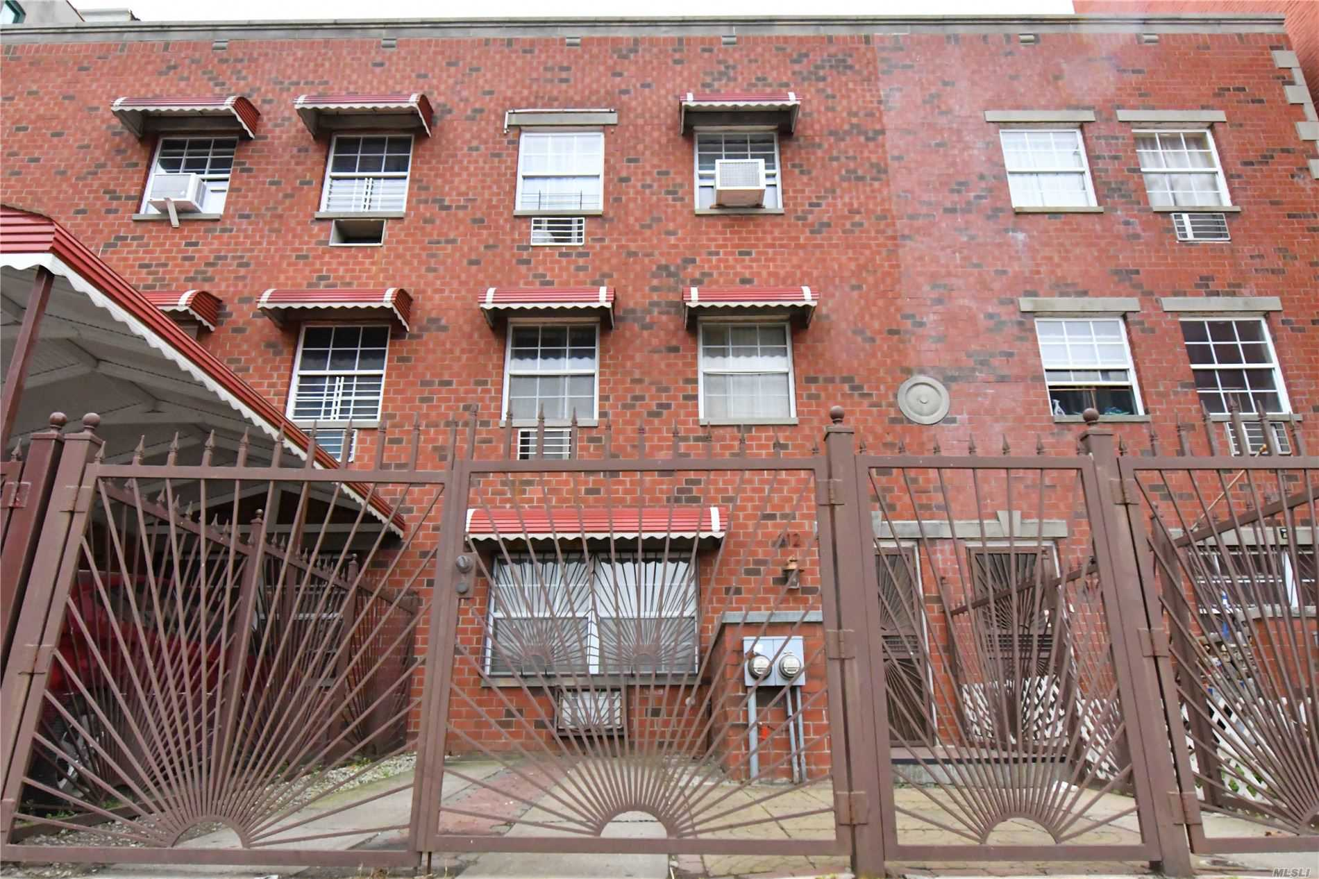 812 E 175th St, Bronx, New York