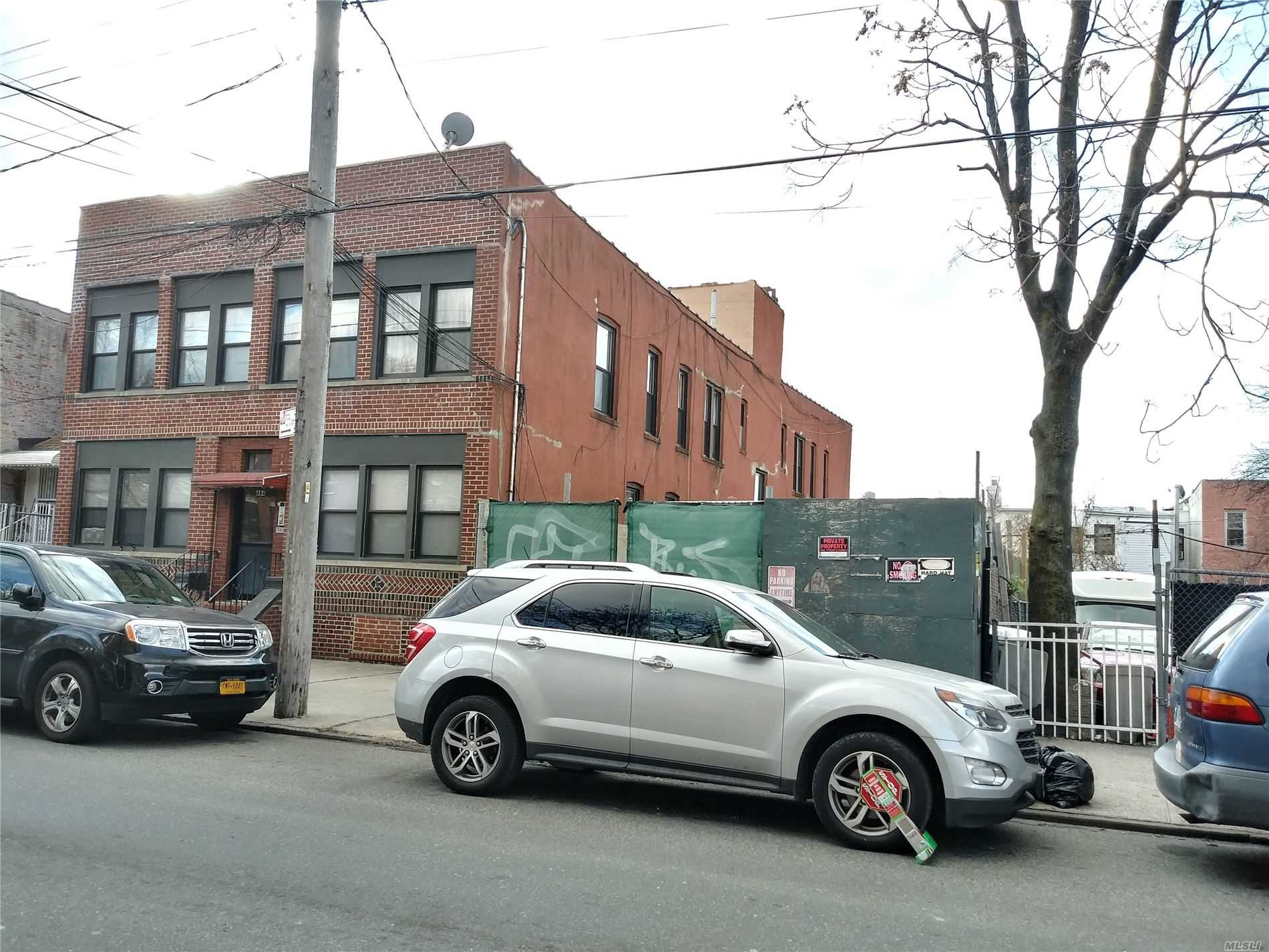 482 Logan Street, one of homes for sale in Brooklyn-Lefferts Gardens and Brownsville