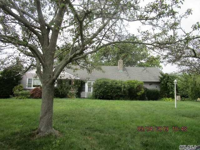 One of Islip 5 Bedroom Homes for Sale at 120 Wampum Ln